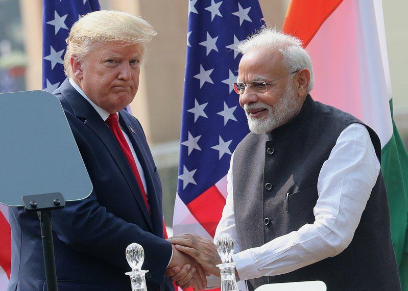 印度總理莫迪和美國總統川普昨(2日)電話討論中印部隊邊境對峙議題。中國外交部今(3日)重申,中印問題不需第3方介入。 歐新社