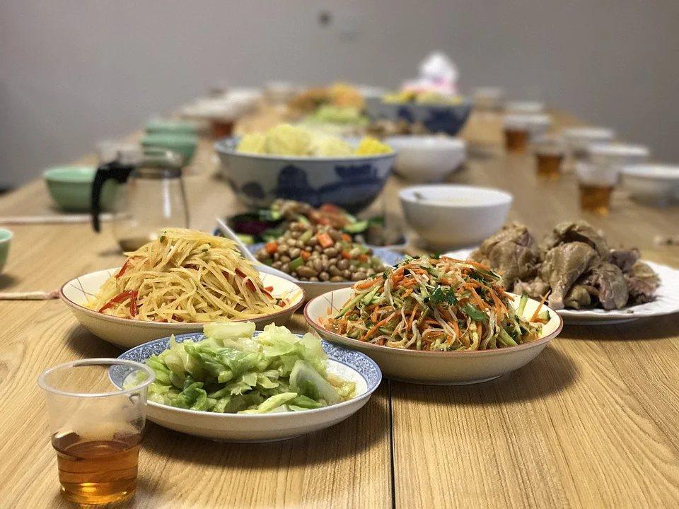 每個人選擇在家裡吃飯的原因都不太一樣,有些人是擔心外面餐廳做的食物不夠乾淨,為了...
