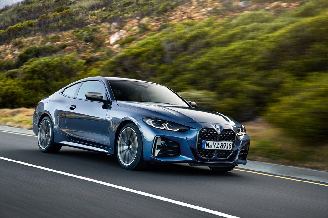 新世代BMW 4 Series Coupe汽油車型包括420i、430i與全新M...