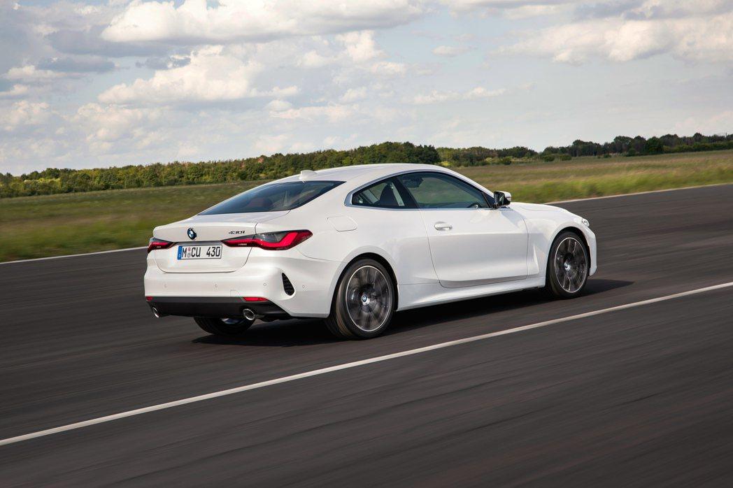 圖中車型為新世代BMW 430i。 摘自BMW