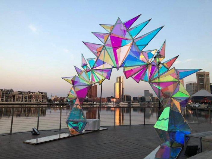美國設計師Davis McCarty的作品「Pulse Portal」。圖/摘自...