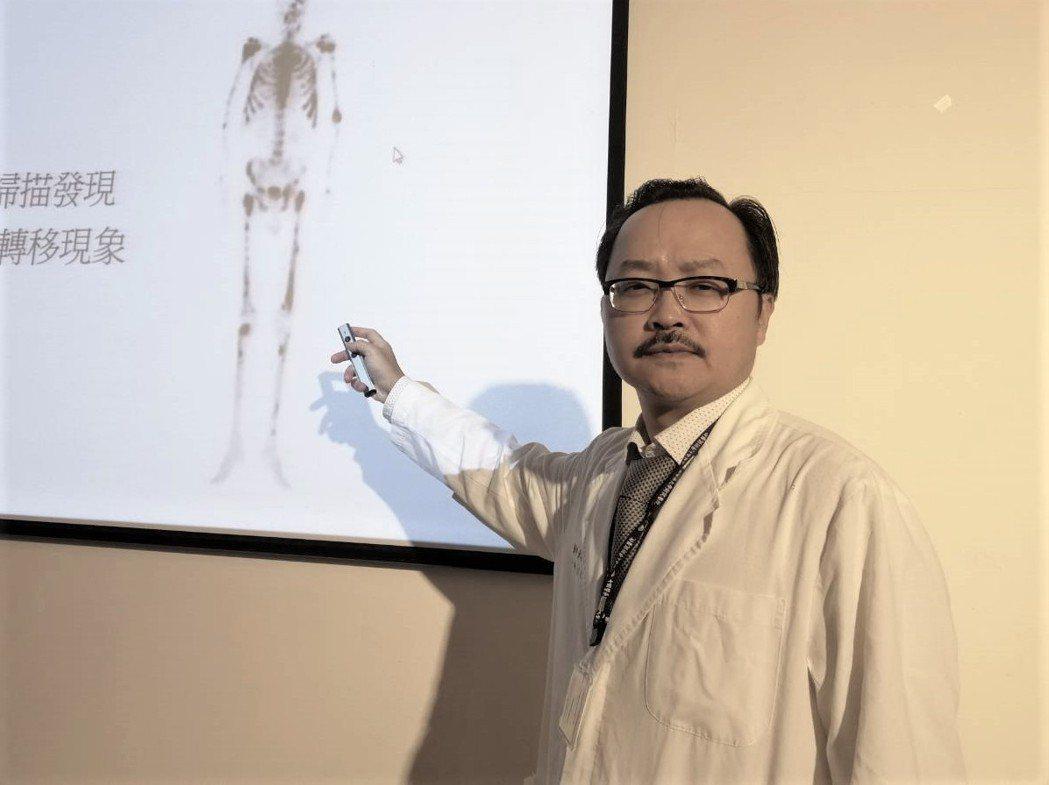 中國醫藥大學附設醫院泌尿部主任黃志平呼籲,50歲以上、80歲以下的男性,若從未檢...