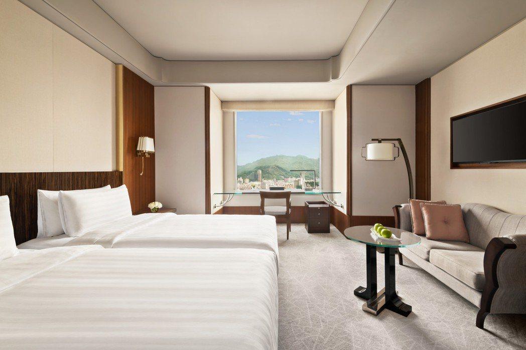香格里拉台北遠東國際大飯店 暖心住房專案,免費升等至尊榮客房,可享早餐與豪華閣貴...