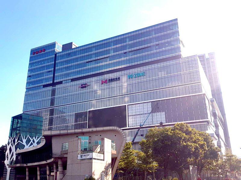 宏匯廣場營業面積達3萬1千坪。圖/宏匯廣場提供