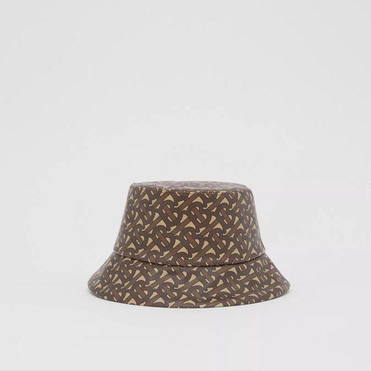 BURBERRY馬勒棕花押字印花漁夫帽,17,200元。圖/取自BURBERRY...