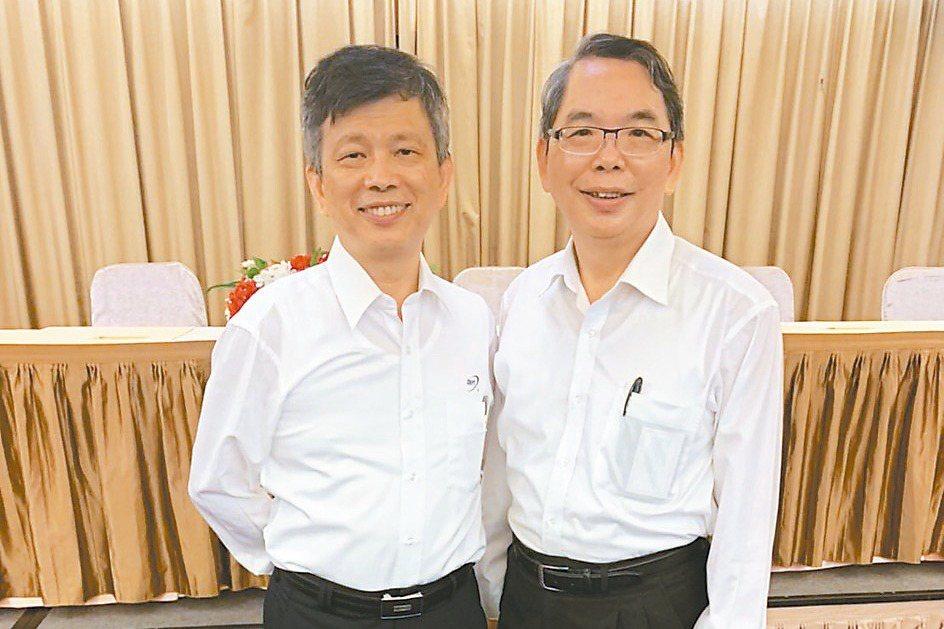 精測舉行股東常會改選董監事,林國豐(右)將接任董事長,左為精測總經理黃水可。精測...
