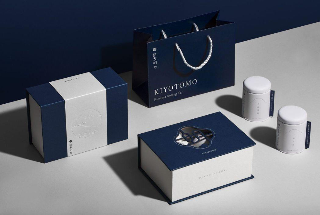 《經典窗花禮盒》以雪白搭丈青的系列配色,加上「明」字鏤空的雕刻設計,極具質感,深...