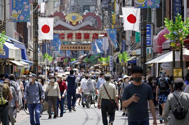 東京都6日宣布,都內當天新增26人感染2019冠狀病毒疾病(COVID-19),連續3天單日確診感染超過20人以上,累計確診5369人。 歐新社