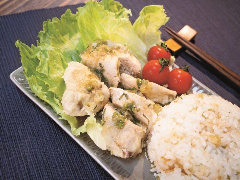 日式海南雞炊飯。 圖/四塊玉文創提供。格瑞蘇、李曼瑩 攝影