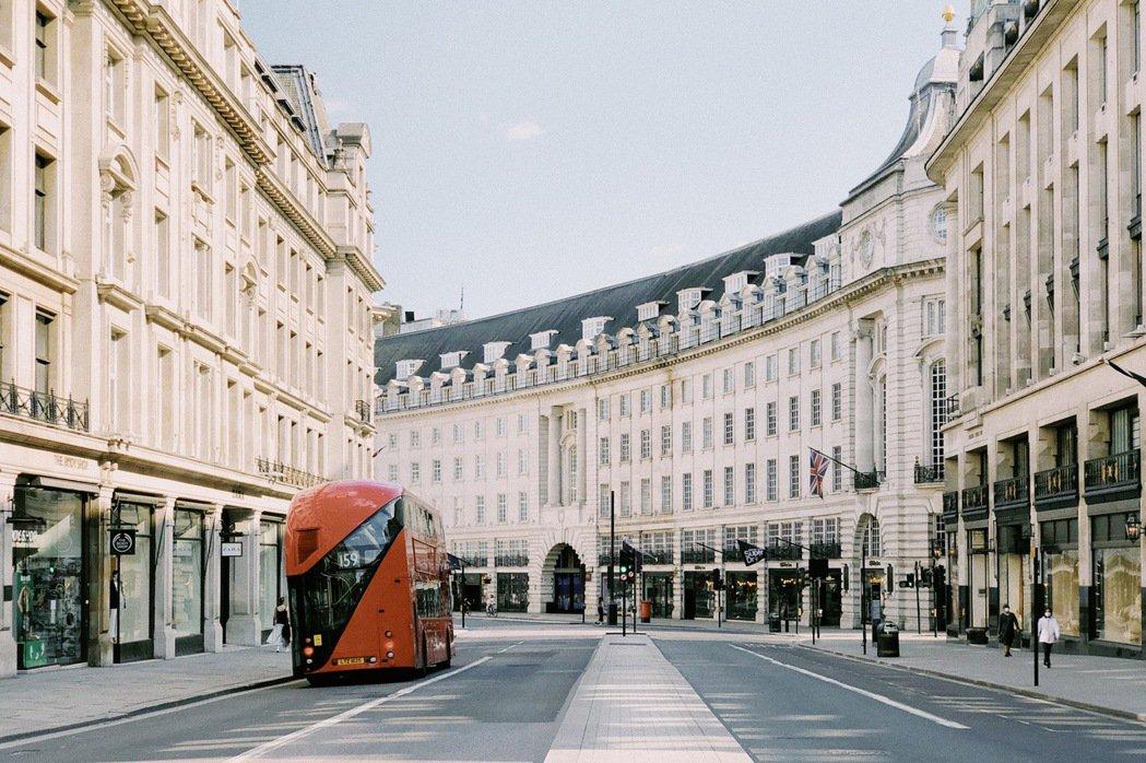 作為英國的重要門戶,以往倫敦每一季平均有 1,000 萬國外遊客造訪。 圖/倫敦...