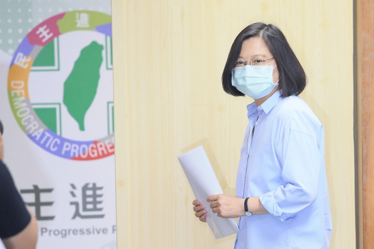 民進黨中常會 蔡英文裁示通過罷韓聲明