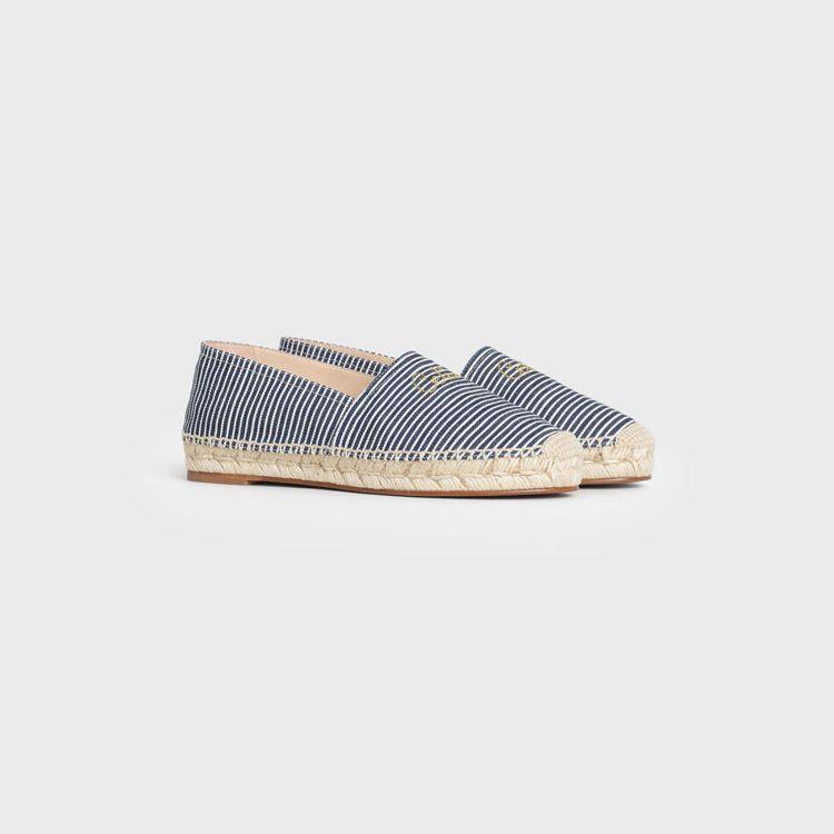TAILLAT藍條紋帆布草編鞋,18,500元。圖/CELINE提供