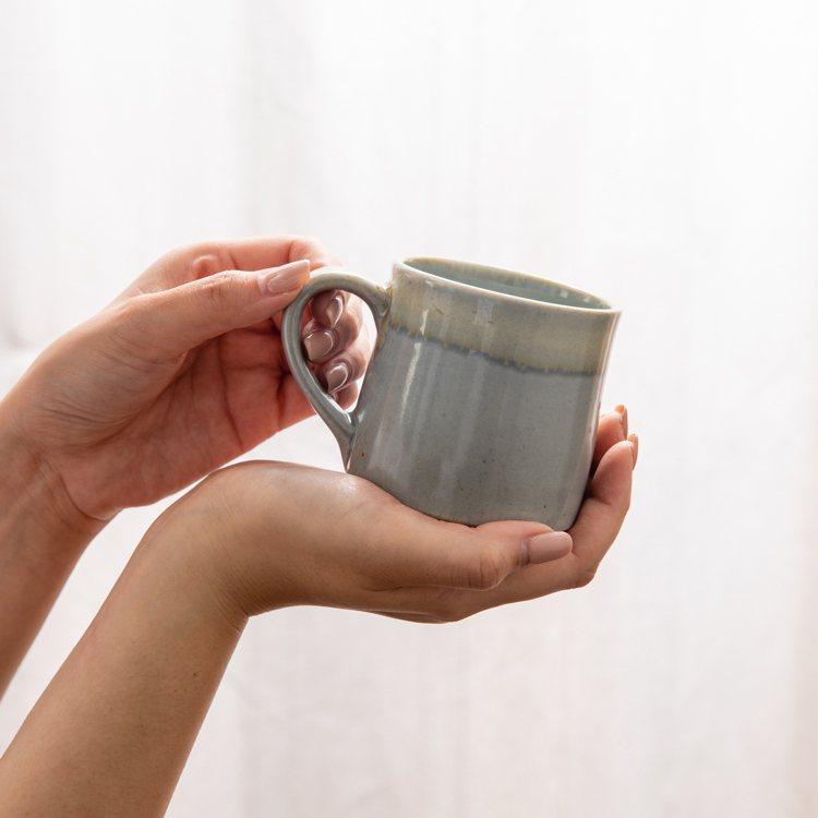 6/10限定,日本美濃燒-金多田中馬克杯(灰)原價599元,特價買一送一、限量1...