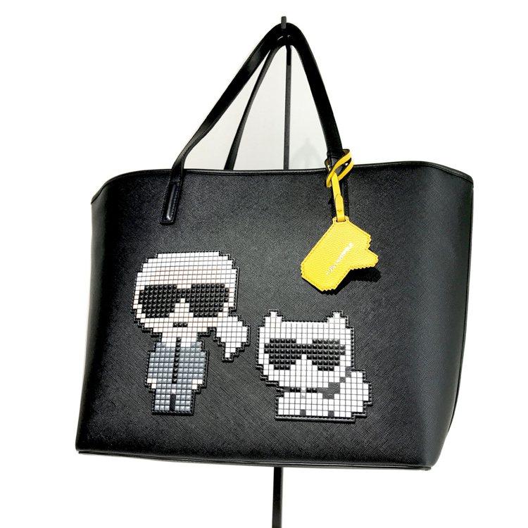 KARL LAGERFELD &Choupette黑色托特包,15,800元。圖...