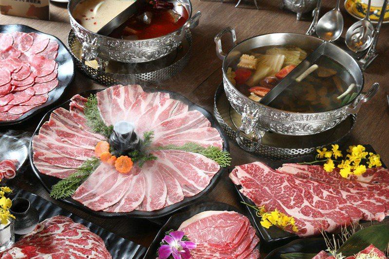 台灣人非常愛吃火鍋,火鍋店常是聚餐首選。 圖/報系資料照
