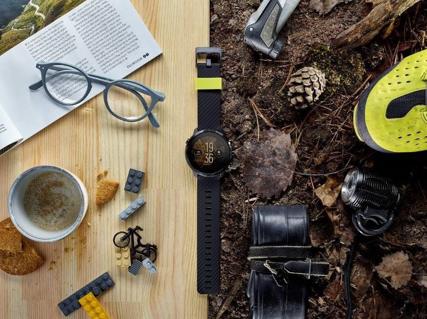 運動專業與智慧生活完美結合,Suunto 7 引領智慧腕錶新時尚。 Suunto...