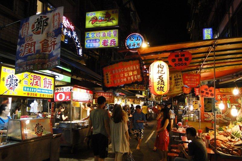 在台灣,「吃」根本成了我們打造集體國族認同的途徑之一。 圖/聯合報系資料照