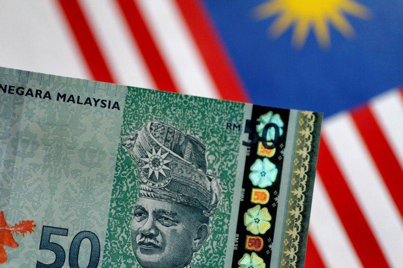 馬來西亞4月出現23年首見貿易逆差,凸顯新冠肺炎疫情對經濟的打擊。路透