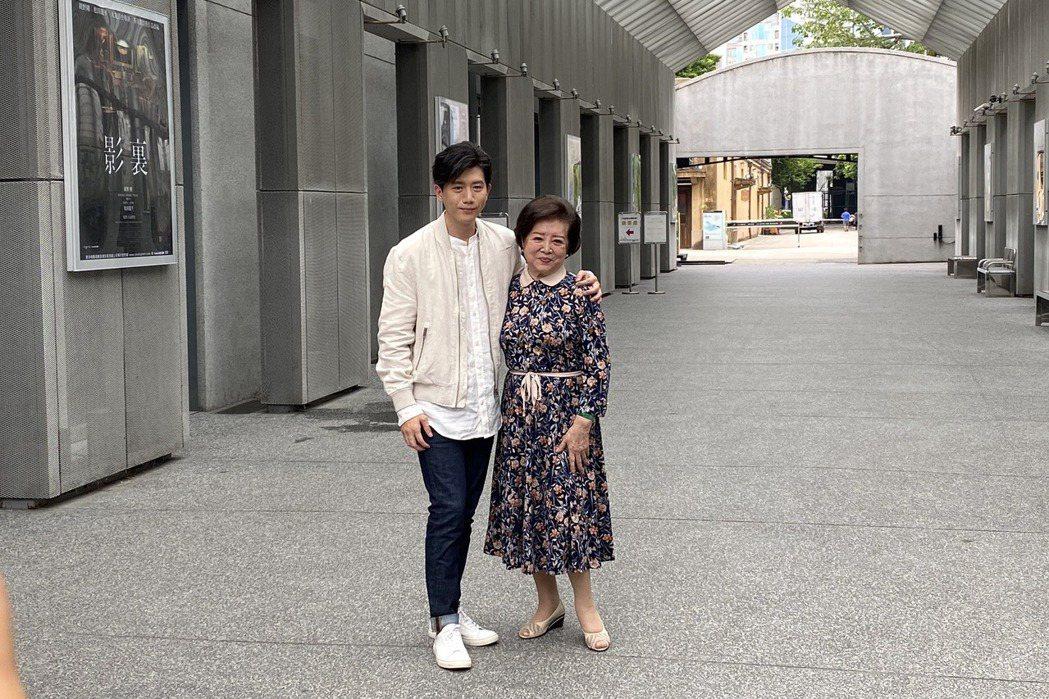 莫子儀(左)和陳淑芳都因合「親愛的房客」入本屆台北電影獎。圖/牽猴子提供