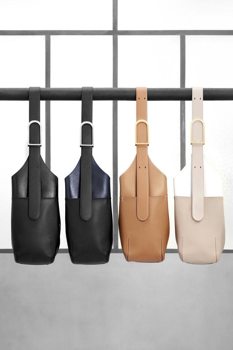 So Cool包款表現外型俐落簡約,質地輕軟。圖/DELVAUX提供