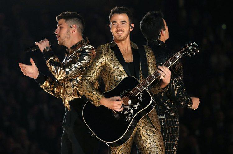 「強納斯兄弟」再合體巡演,粉絲熱情捧場,收入極高。圖/路透資料照片