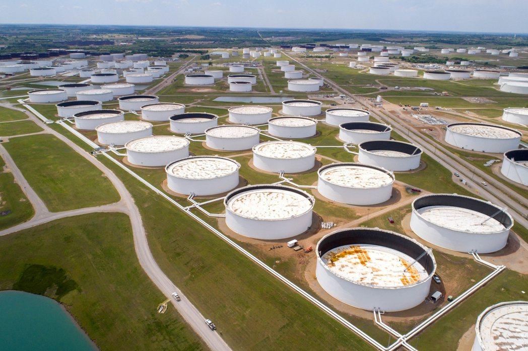 國際原油價格走跌,以及新冠肺炎疫情致需求減少,今年5月消費者物價指數(CPI)較...