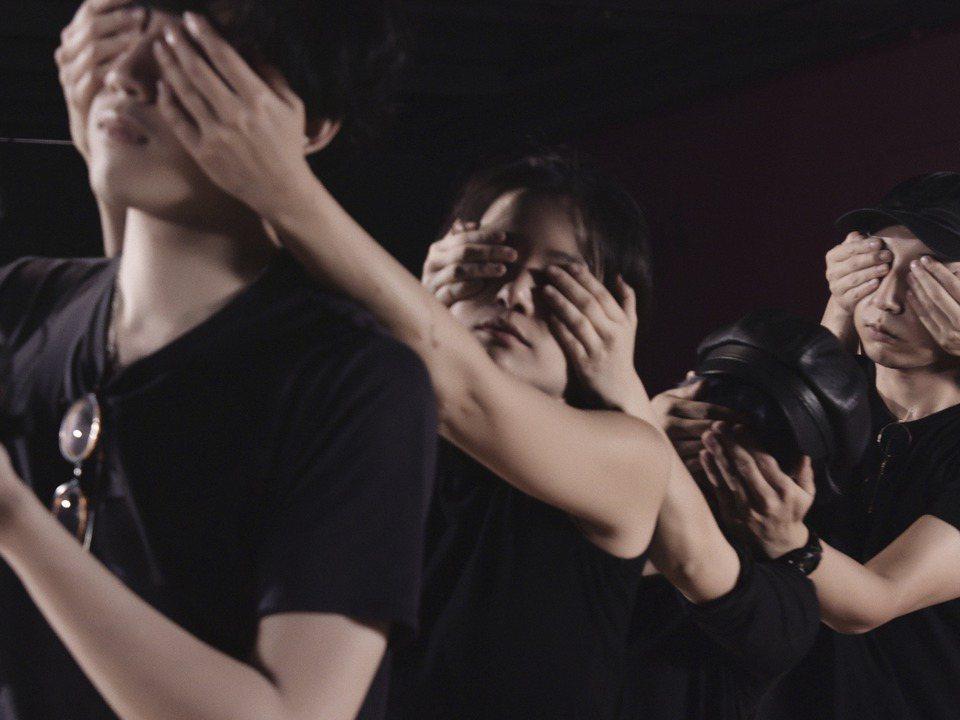 視覺藝術獎主陳以軒《委託製作》 圖/台新銀行文化藝術基金會