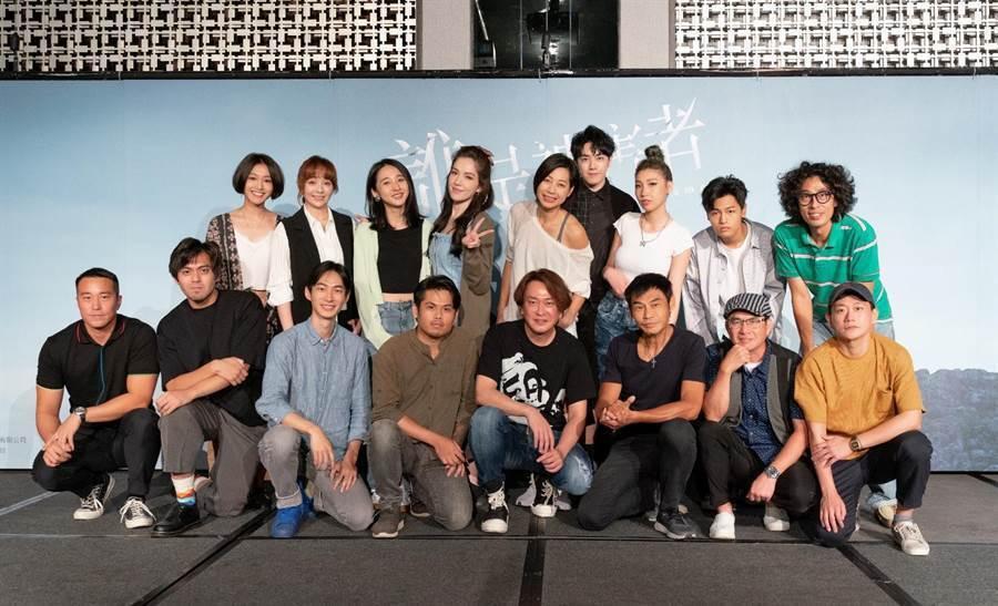 「誰是被害者」主要演員群出席慶功宴。圖/瀚草影視提供