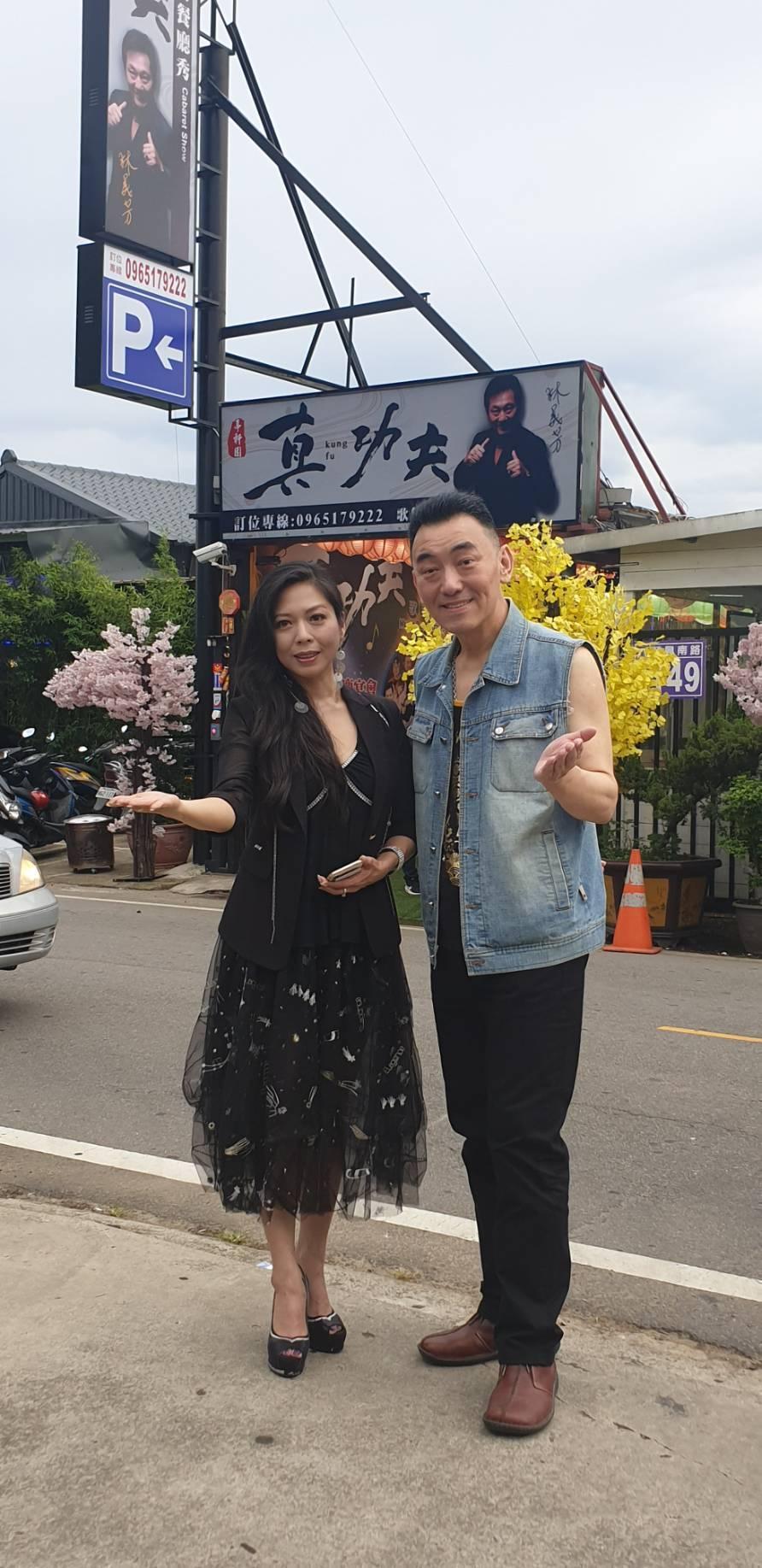 盧靚和徐亨樂見餐廳恢復營運。記者李姿瑩/攝影