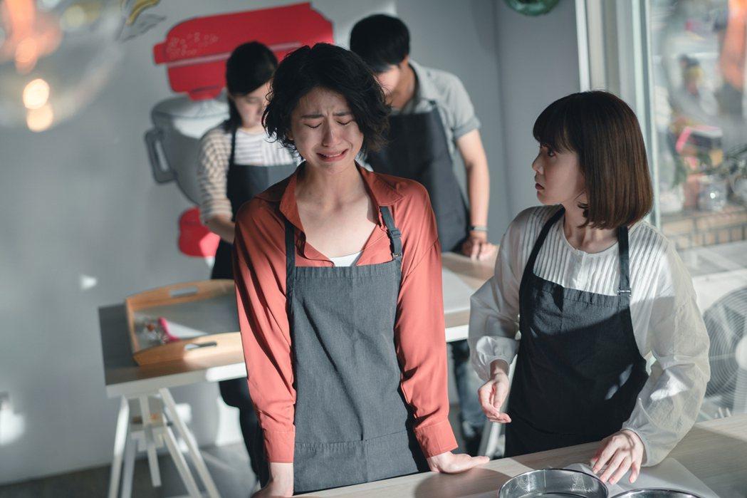陳璇(左)、孫可芳劇中是好閨蜜。圖/華視提供