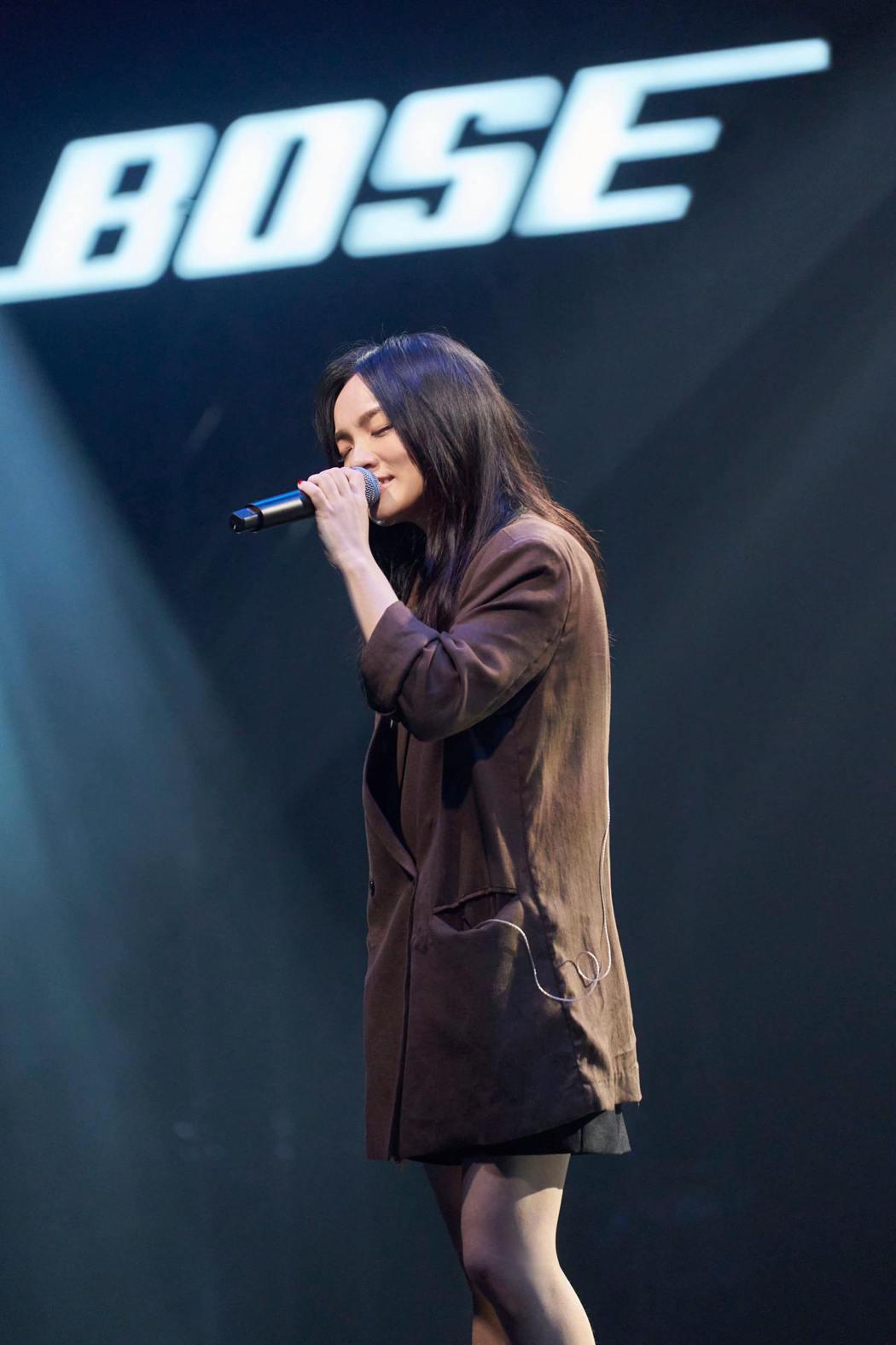 徐佳瑩今晚線上開唱,以美聲撩粉。圖/騰訊音樂娛樂/TME live 提供