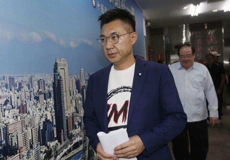 罷韓過關後,國民黨主席江啟臣在高雄市黨部舉行記者會。 (中央社)