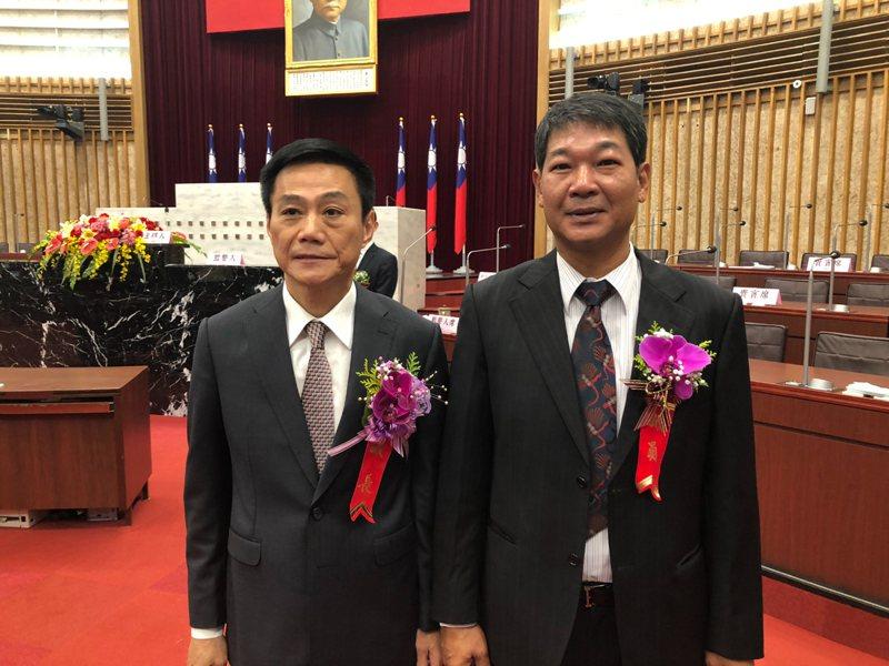 高市議長許崑源(左)為人講義氣,高市議員朱信強(右)內心不捨與哀痛。圖/朱信強提供