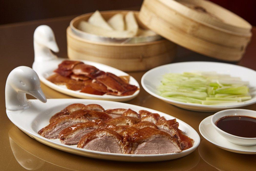 米其林餐盤推薦餐廳-香宮知名果木烤鴨。
