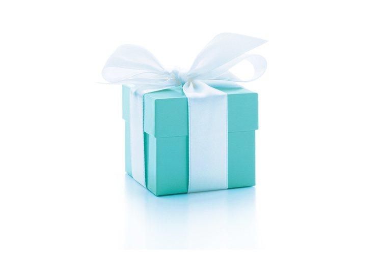 LVMH原訂將併購以藍色珠寶盒聞名的美國品牌Tiffany,驚傳有變。圖/TIF...