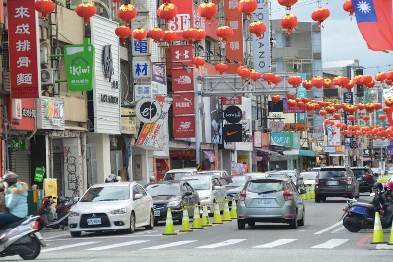 蘇花改通車後,花蓮市區停車位一位難求,縣府將加快腳步興建停車場。記者王思慧/攝影