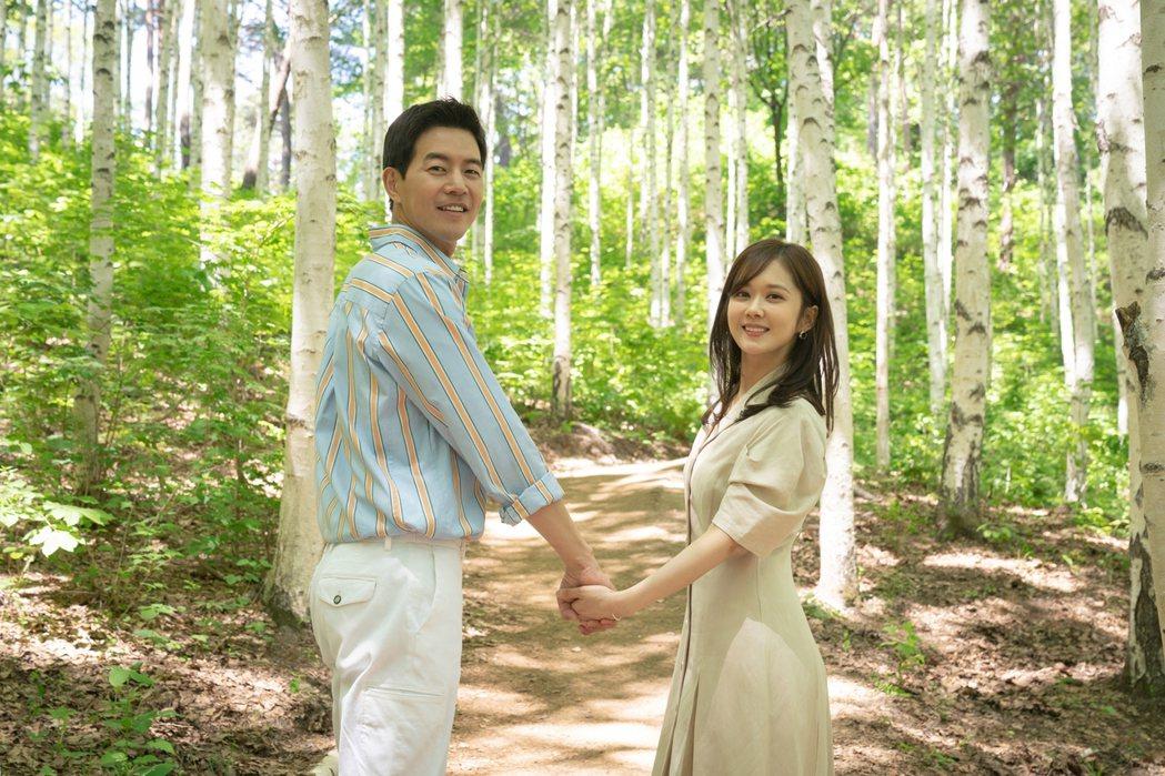 李相侖(左)、張娜拉在「VIP」中飾演一對夫妻。圖/八大提供