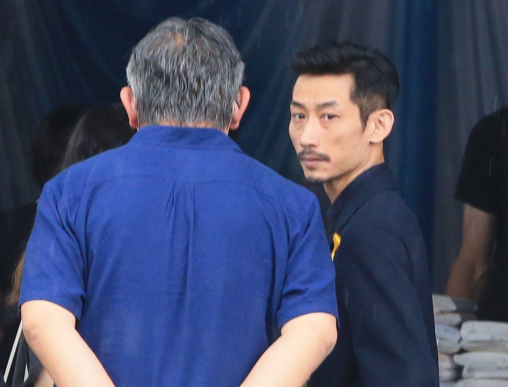 吳朋奉告別式,陳竹昇(右)出席。記者潘俊宏/攝影