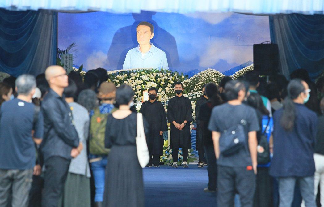 吳朋奉告別式在板橋殯儀館舉行。記者潘俊宏/攝影