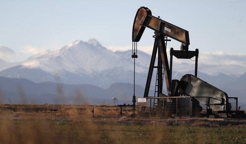 國際油價在亞洲早盤漲近2%,攻上三個月來高點。美聯社