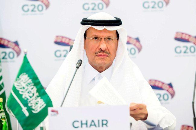 沙國能源部長阿布都阿濟茲(見圖)表示,該國額外做的自願性減產將只限這個月。  路...