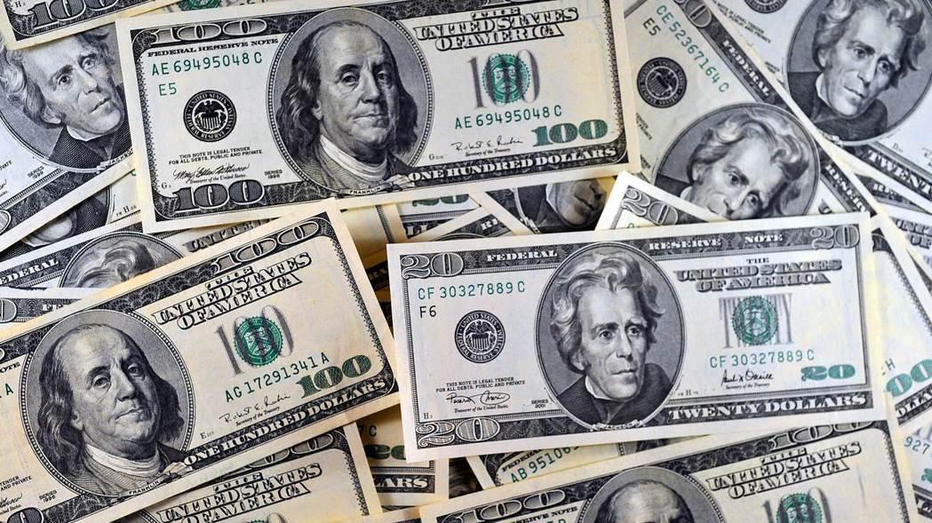 摩根士丹利前任亞洲區董事長羅奇認為,美元很可能即將崩潰。 路透