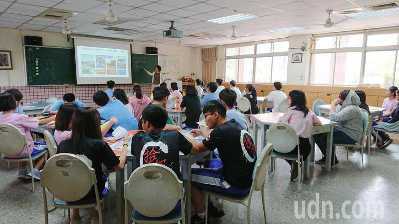 成大普渡大學合作雙跨學位 109首招生就全額滿-美國普渡大學