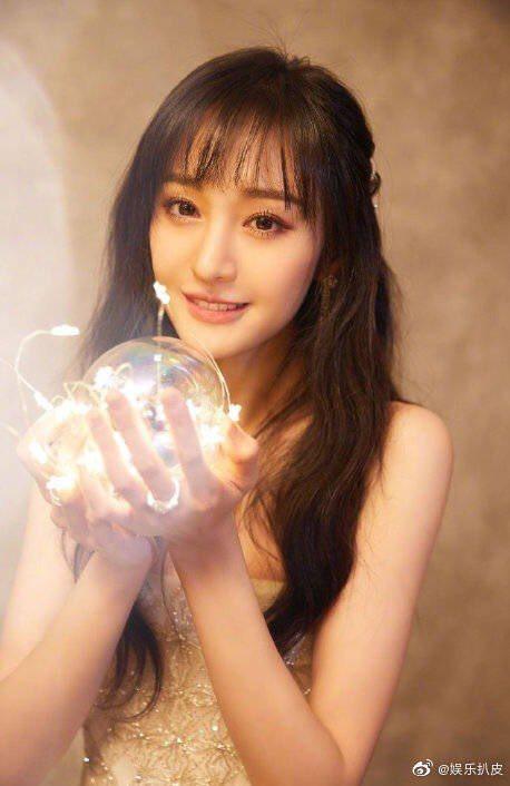 「花千骨」電影版傳出由鄭爽擔任女主角。圖/摘自微博