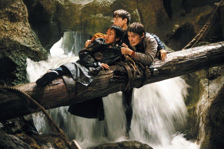 「七寶奇謀」融合幽默與冒險,大受觀眾歡迎。圖/摘自imdb