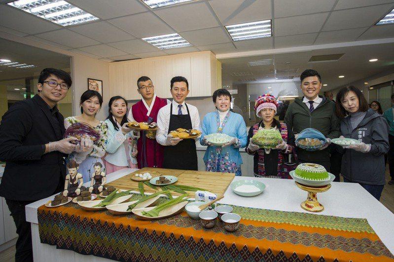 新竹市府辦理新住民生活適應輔導班,有健康烘焙點心等課程。圖/新竹市政府提供