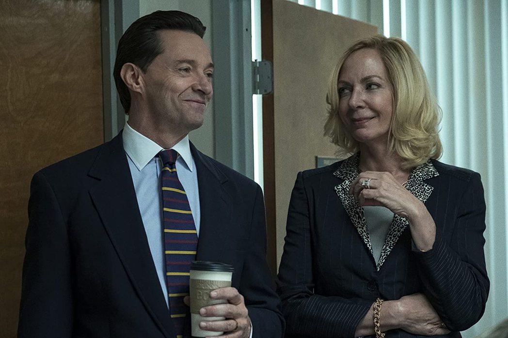 休傑克曼(左)「壞救育」美國只在HBO推出,只能角逐艾美獎。圖/摘自imdb