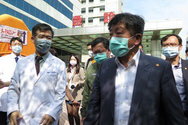 防疫解禁後,陳時中的下個挑戰——主治醫師勞動權益