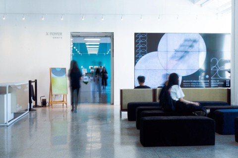 設計浪人認為台灣畢展的自主性蓬勃可歸功台灣近年策展文化的興盛,圖為成大工設系畢展...