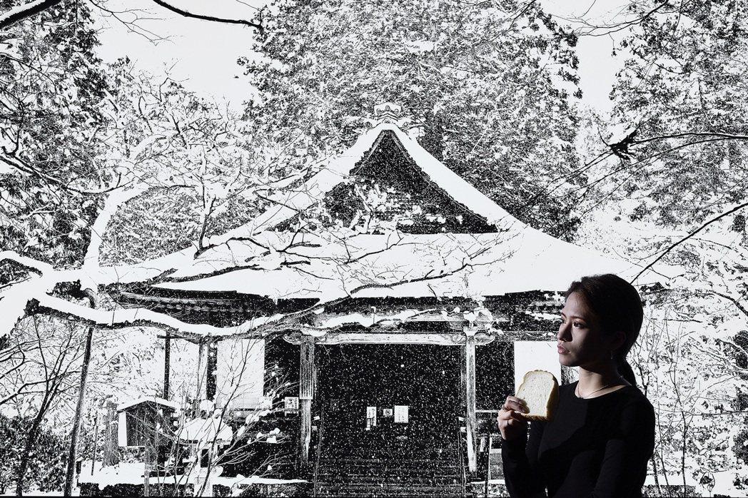 多次受邀至日本參展的知名攝影師汪德範,在潔白純淨的空間中,帶來千年古都的吉光片羽...